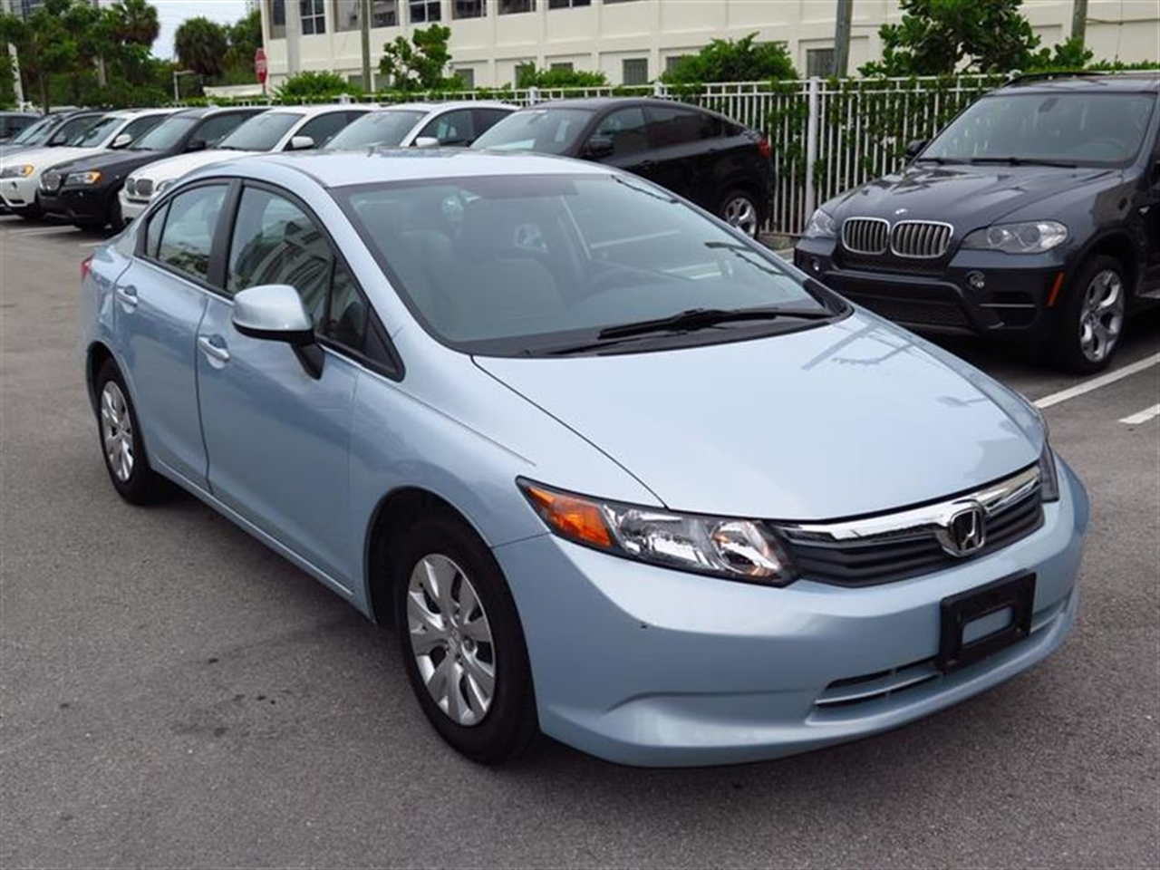 2012 HONDA CIVIC 4dr Auto LX 9620 miles 2-tier instrument panel wblue backlit gauges -inc tacho
