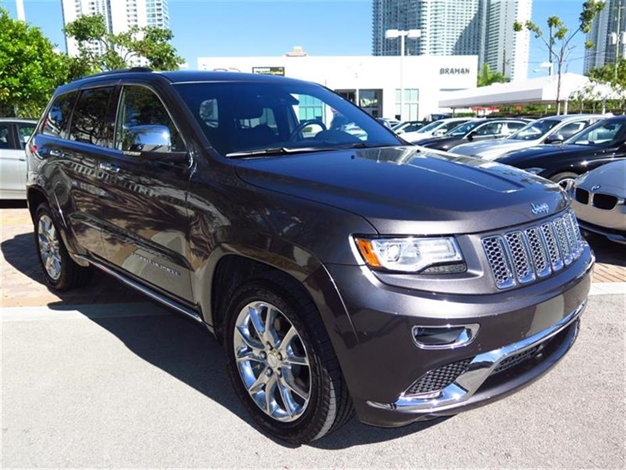 2014 JEEP GRAND CHEROKEE 4WD 4dr Summit 4839 miles 2 Seatback Storage Pockets 3 12V DC Power Outl