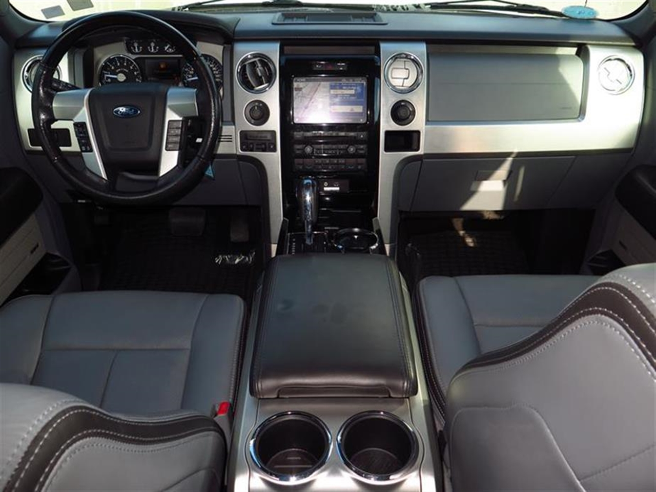 2012 FORD F-150 2WD SuperCrew Platinum 47366 miles 4 cupholders in flow through console 110-vo