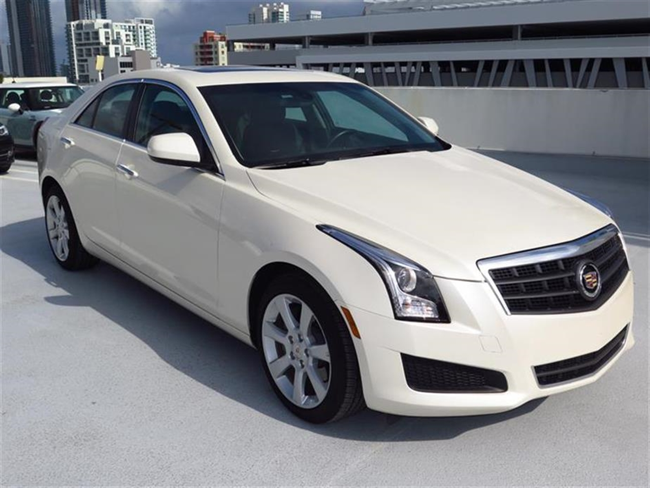 2014 CADILLAC ATS 4dr Sdn 20L Standard RWD 10063 miles Air filtration system Armrest front cent
