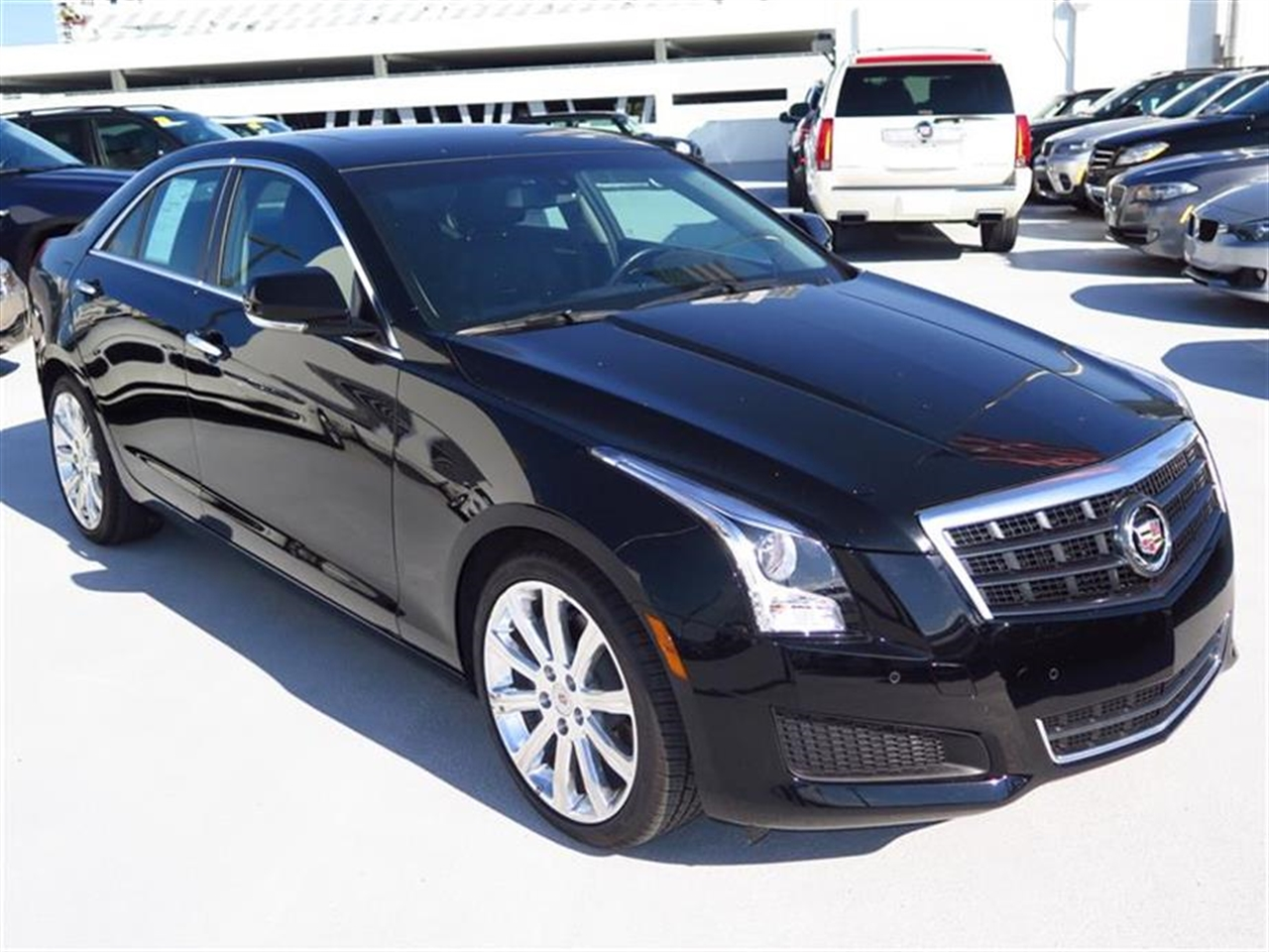 2013 CADILLAC ATS 4dr Sdn 20L Luxury RWD 9185 miles Adaptive Remote Start Not available with M