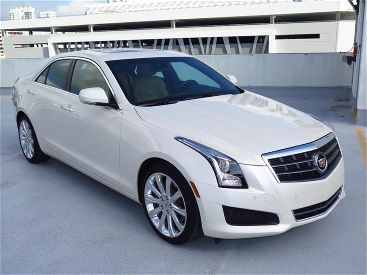 2014 CADILLAC ATS 4dr Sdn 20L Luxury RWD 10041 miles Adaptive Remote Start Not available with M