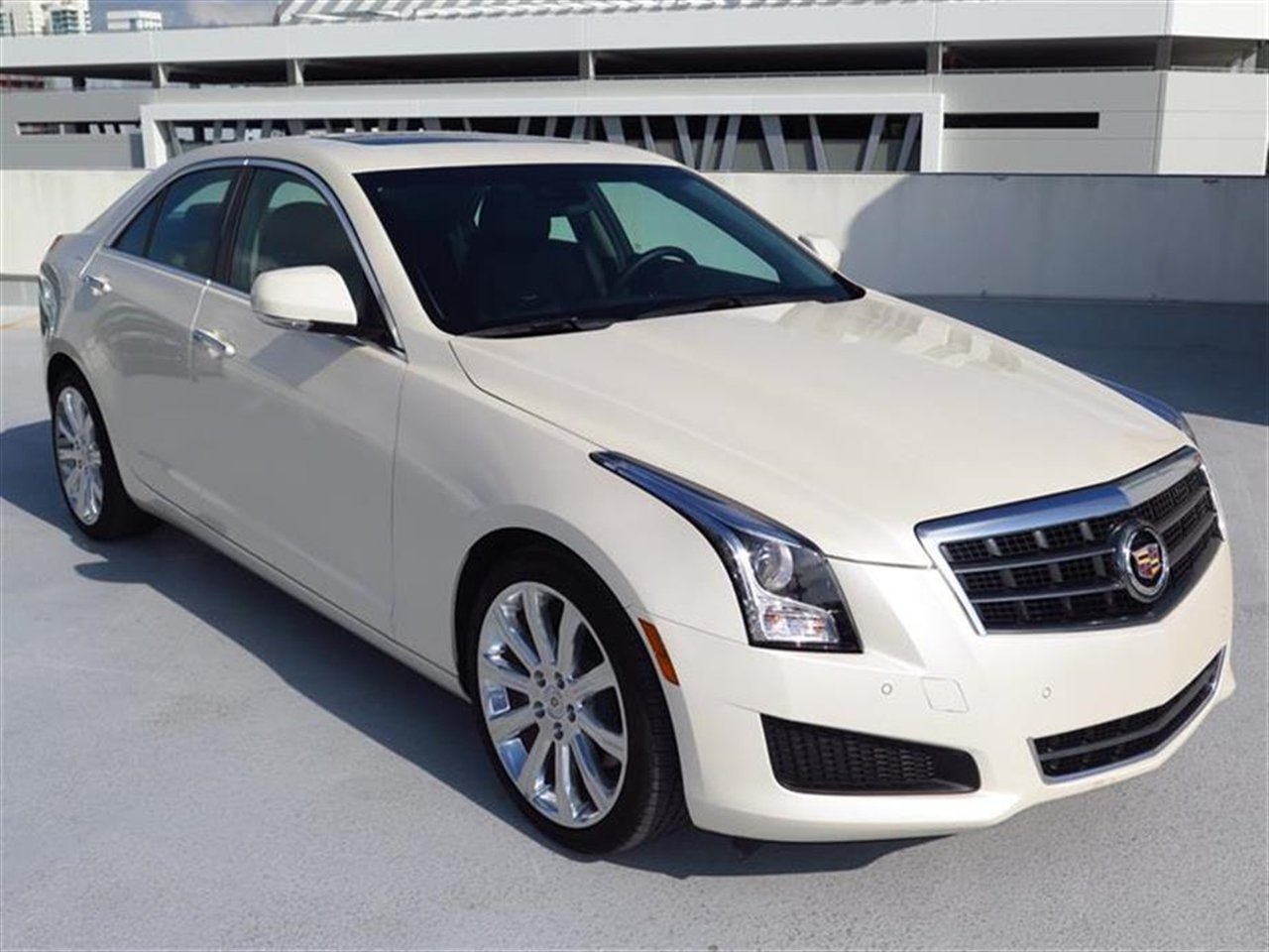 2014 CADILLAC ATS 4dr Sdn 20L Luxury RWD 10398 miles Adaptive Remote Start Not available with M