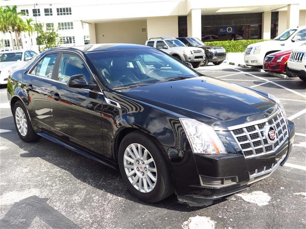2013 CADILLAC CTS 4dr Sdn 30L Luxury RWD 11053 miles Armrest front center rear center with dua
