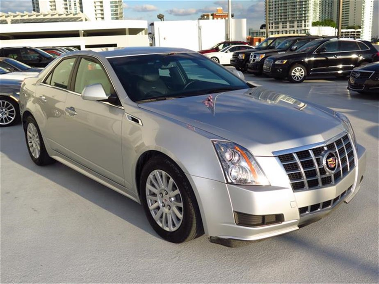 2013 CADILLAC CTS 4dr Sdn 30L Luxury RWD 9470 miles VIN 1G6DE5E5XD0140103