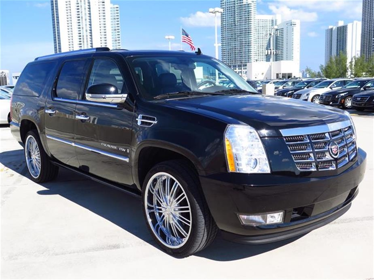 2009 CADILLAC ESCALADE ESV 2WD 4dr 31902 miles Climate control rear air conditioning rear heat