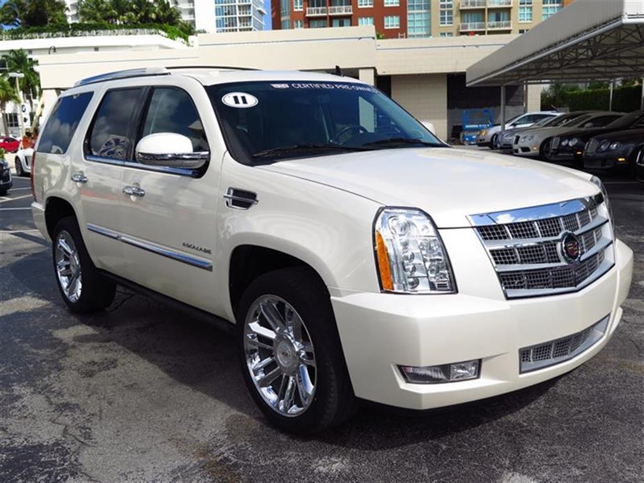 2011 CADILLAC ESCALADE 2WD 4dr Platinum Edition 29914 miles Climate control rear air conditioning