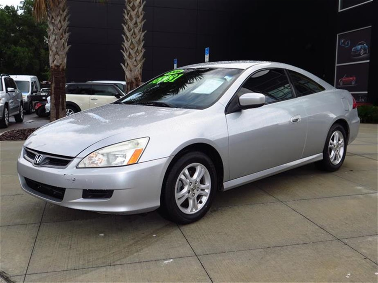 2006 HONDA ACCORD CPE LX AT PZEV 137739 miles 6 frontrear beverage holders 12V pwr outlets 60