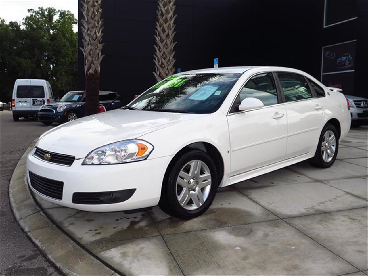 2009 CHEVROLET IMPALA 4dr Sdn 39L LT 51773 miles Air conditioning dual-zone manual climate contr