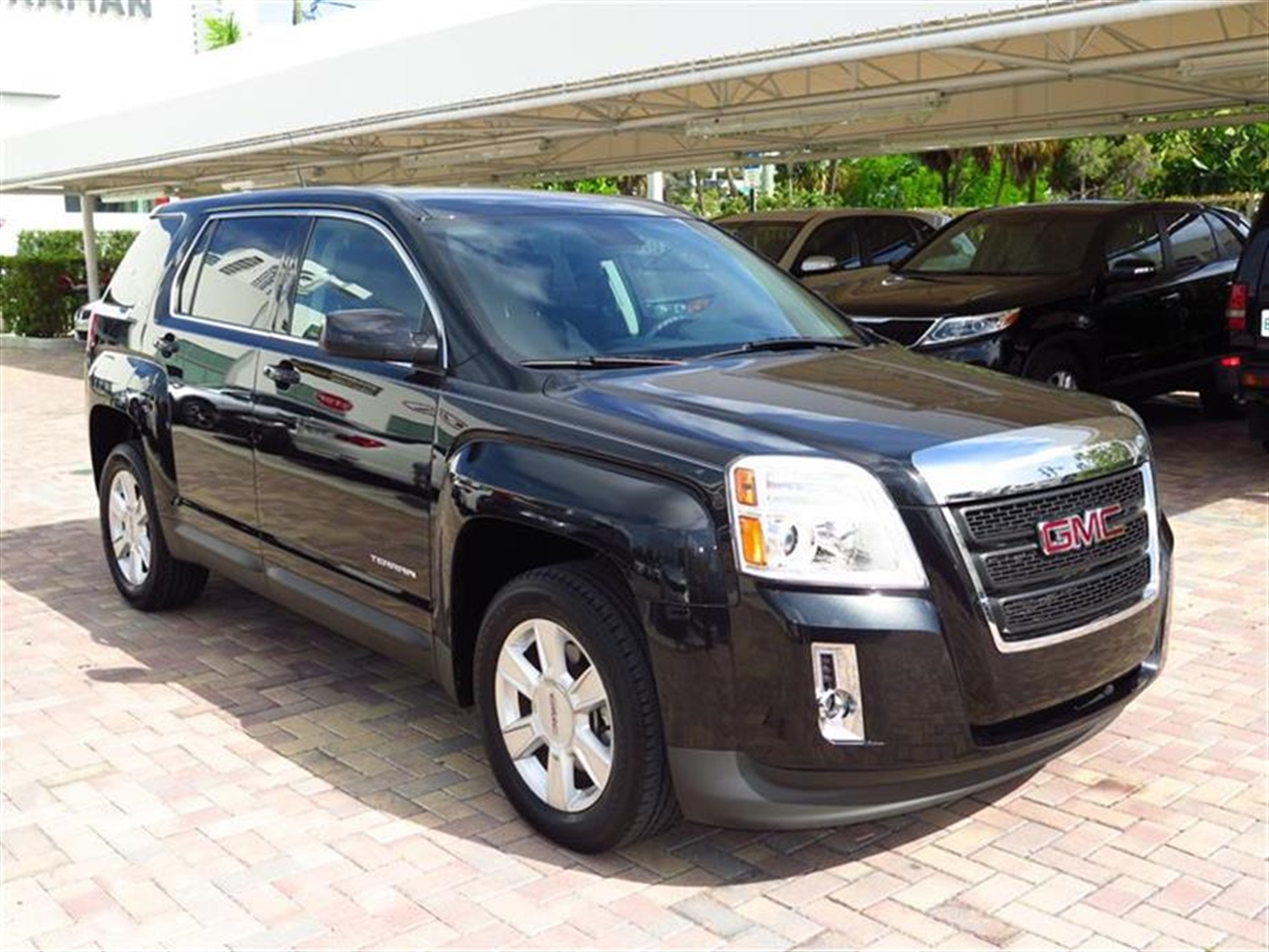 2013 GMC TERRAIN FWD 4dr SLE wSLE-1 28518 miles Air conditioning single-zone manual front clima