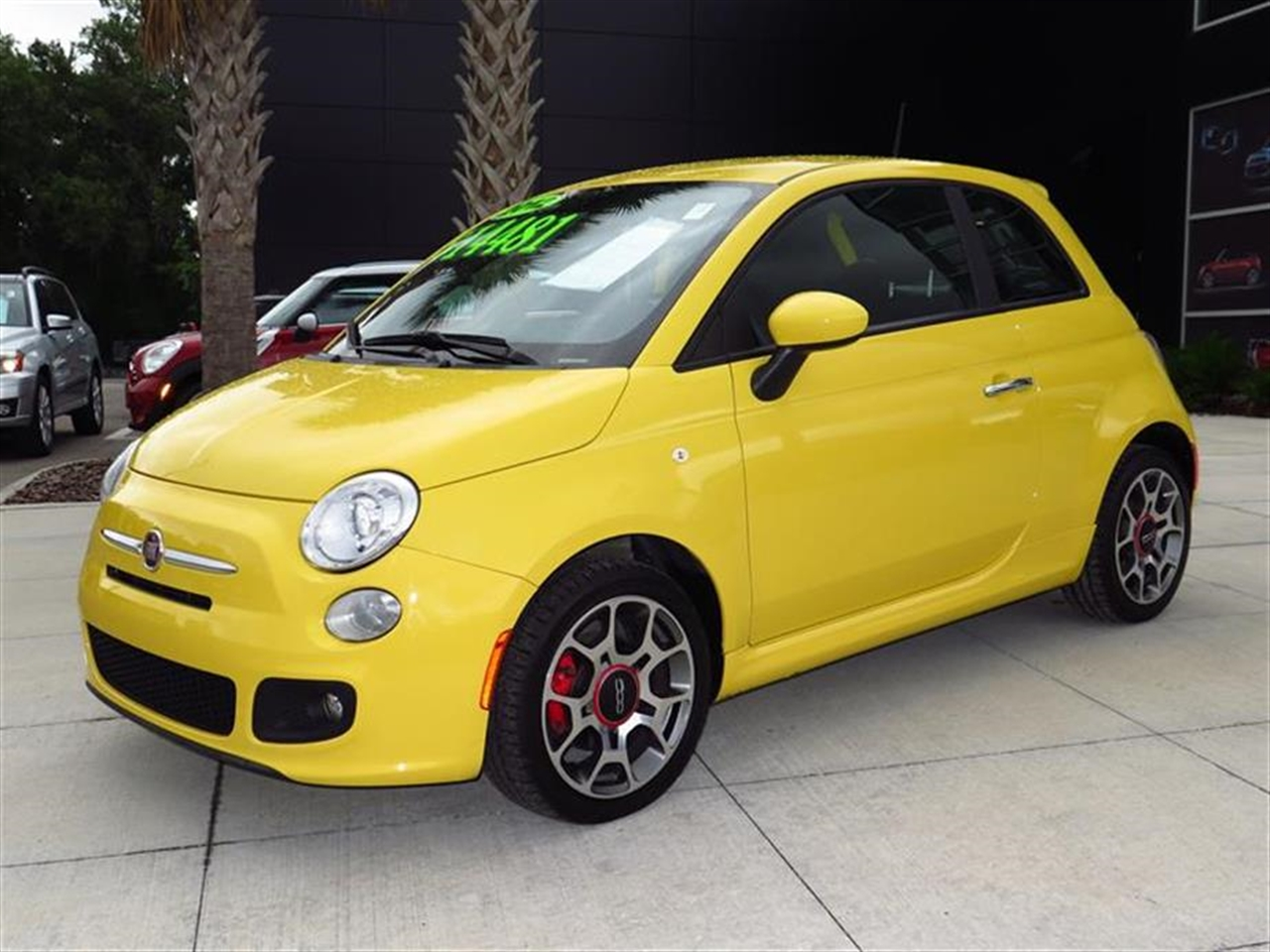 2012 FIAT 500 2dr HB Sport 33776 miles 2 front cupholders 2 rear floor-mounted cupholders 50