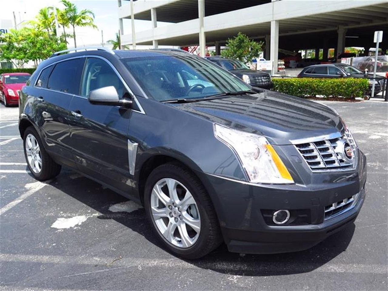 2013 CADILLAC SRX AWD 4dr Performance Collection 7820 miles Adaptive Remote Start Armrest front