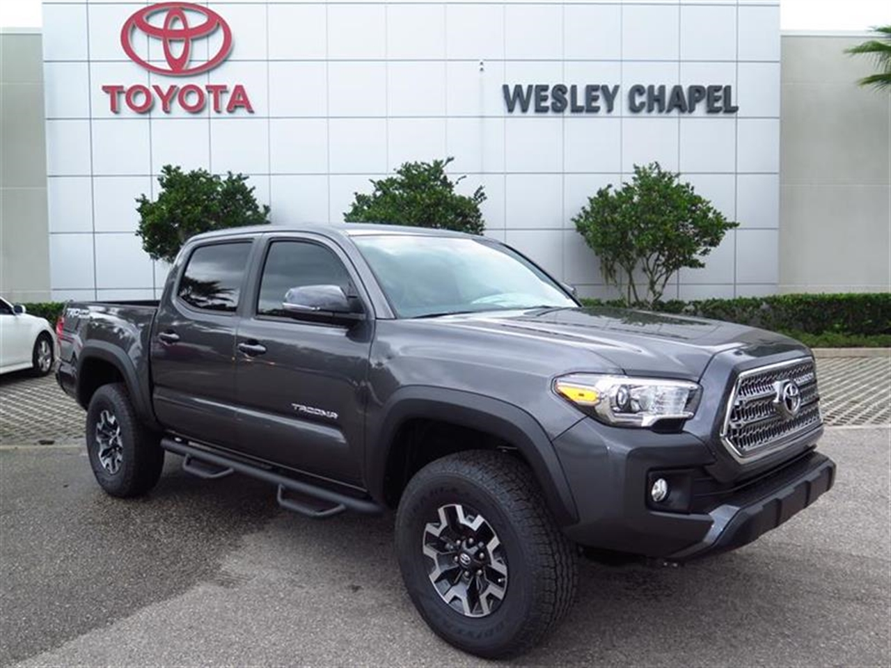 2016 TOYOTA TACOMA 2WD Double Cab V6 AT TRD Off Road 0 miles 115V400W Deck Powerpoint -inc 2- i