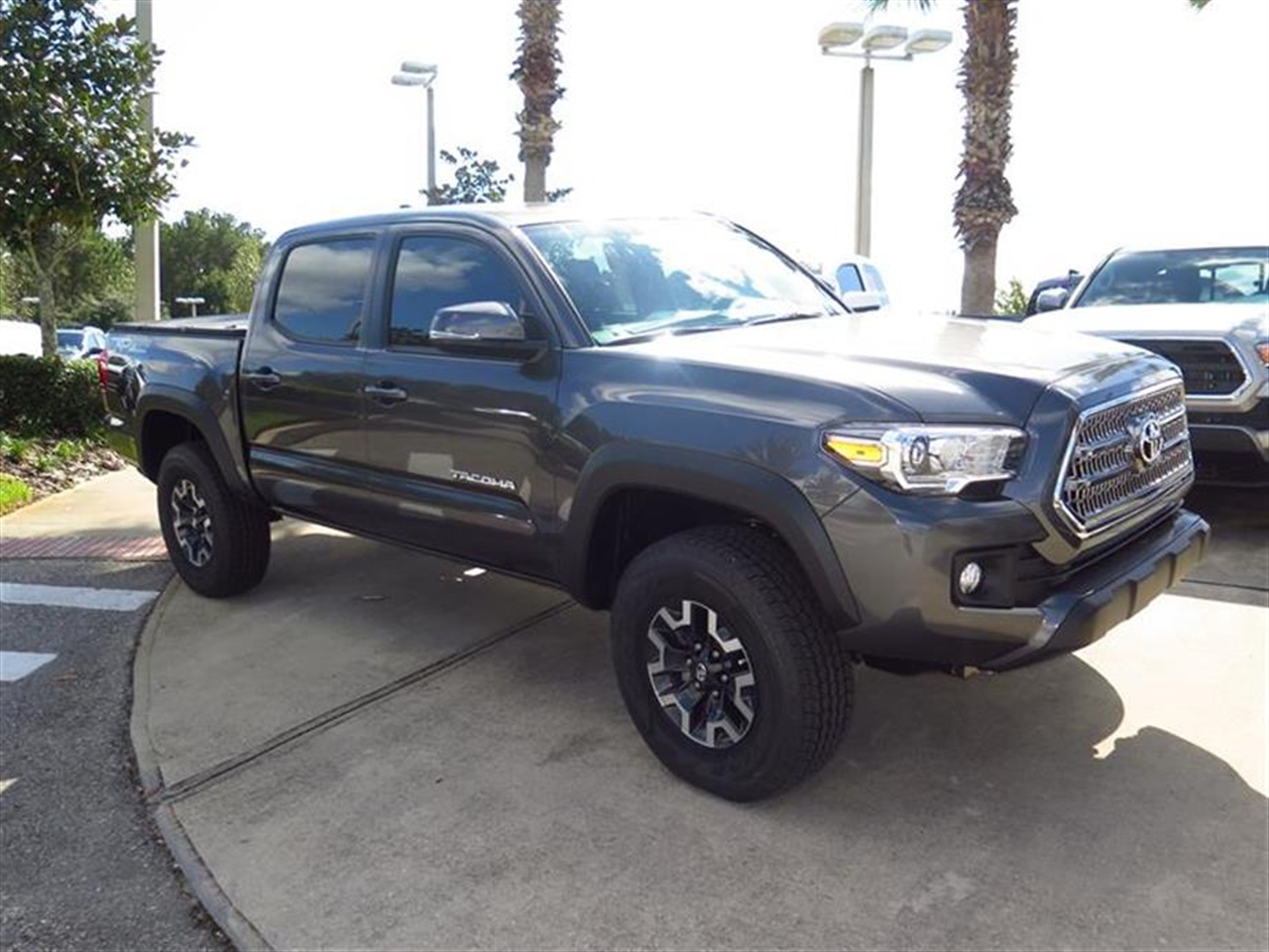 2016 TOYOTA TACOMA 4WD Double Cab V6 MT TRD Sport 0 miles 115V400W Deck Powerpoint -inc 2- inst
