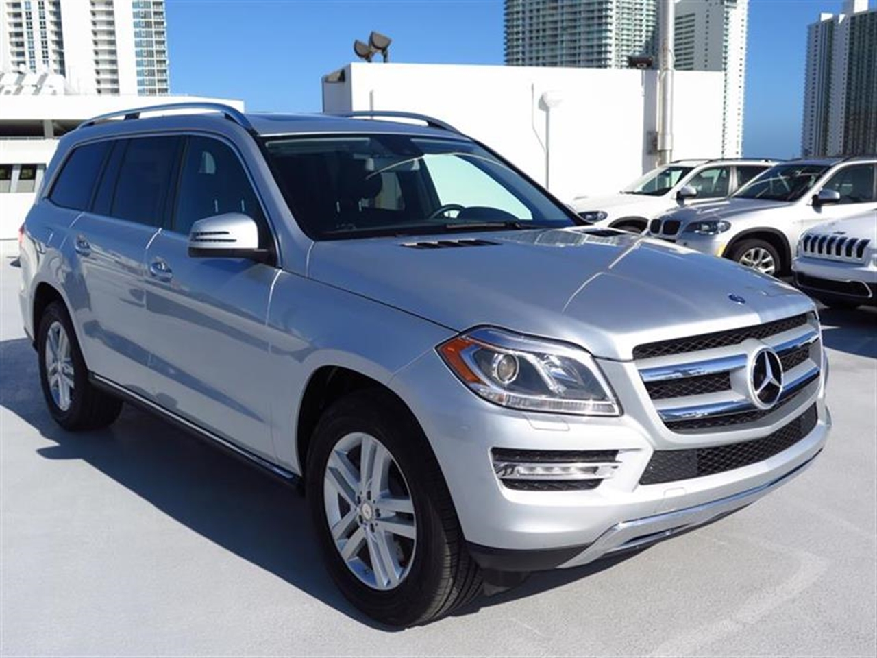 2013 Mercedes GL-CLASS 4MATIC 4dr GL450 20311 miles 6 cup  2 bottle holders 12-volt pwr out