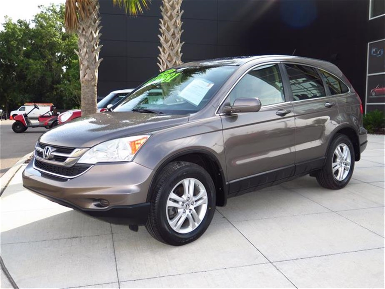 2010 HONDA CR-V 2WD 5dr EX-L 47634 miles 4 cargo area tie-down anchors 8 front  rear cup hol