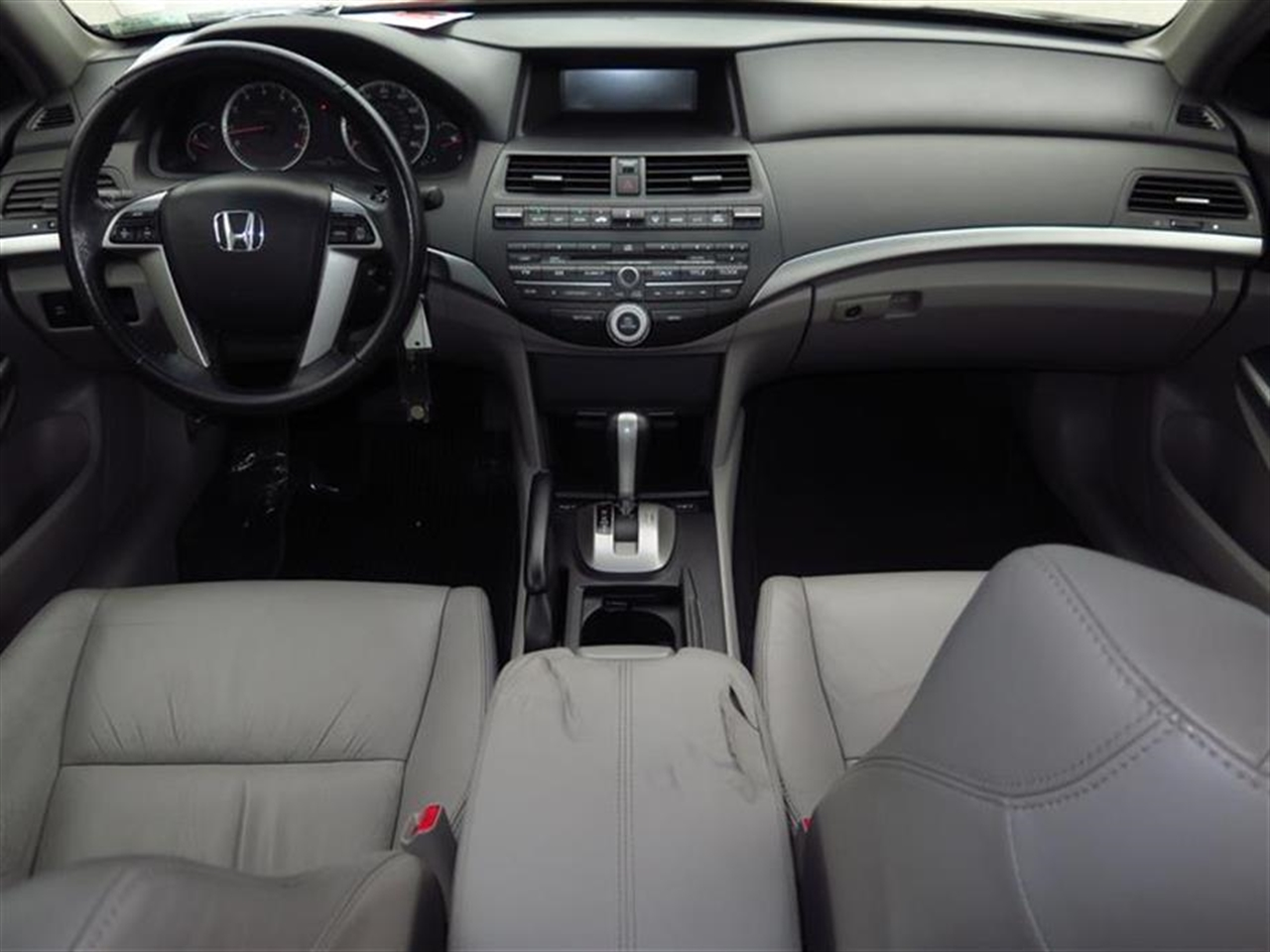 2009 HONDA ACCORD SDN 4dr V6 Auto EX-L 44550 miles 2 12V pwr outlets Auto-dimming rearview mi