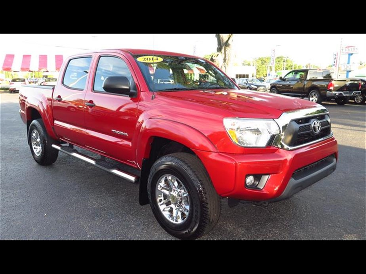 2014 TOYOTA TACOMA 2WD Double Cab V6 AT PreRunner 15036 miles 2 12V DC Power Outlets 4-Way Driv