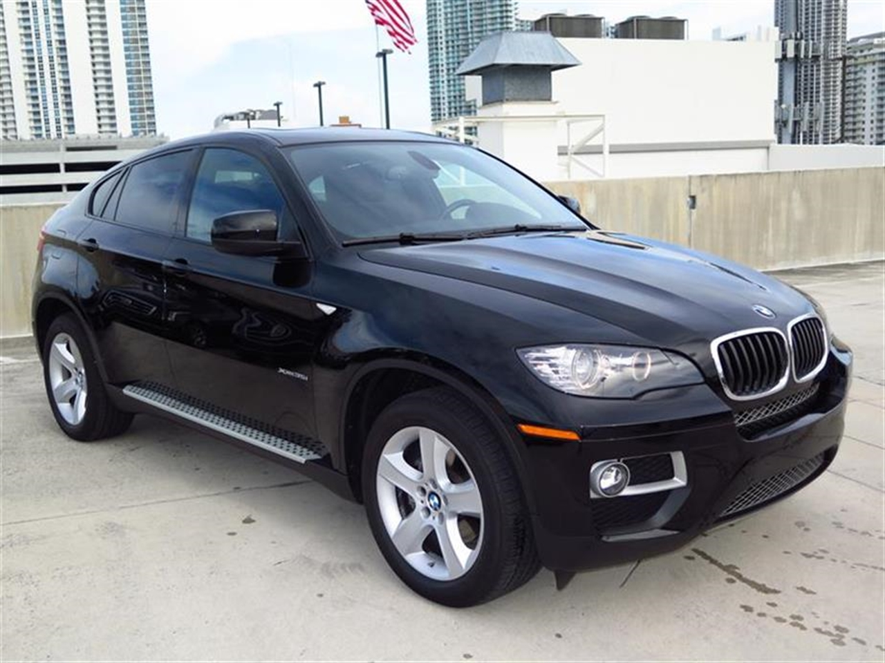 2014 BMW X6 AWD 4dr xDrive35i 5879 miles 2 Seatback Storage Pockets 4 Person Seating Capacity 5
