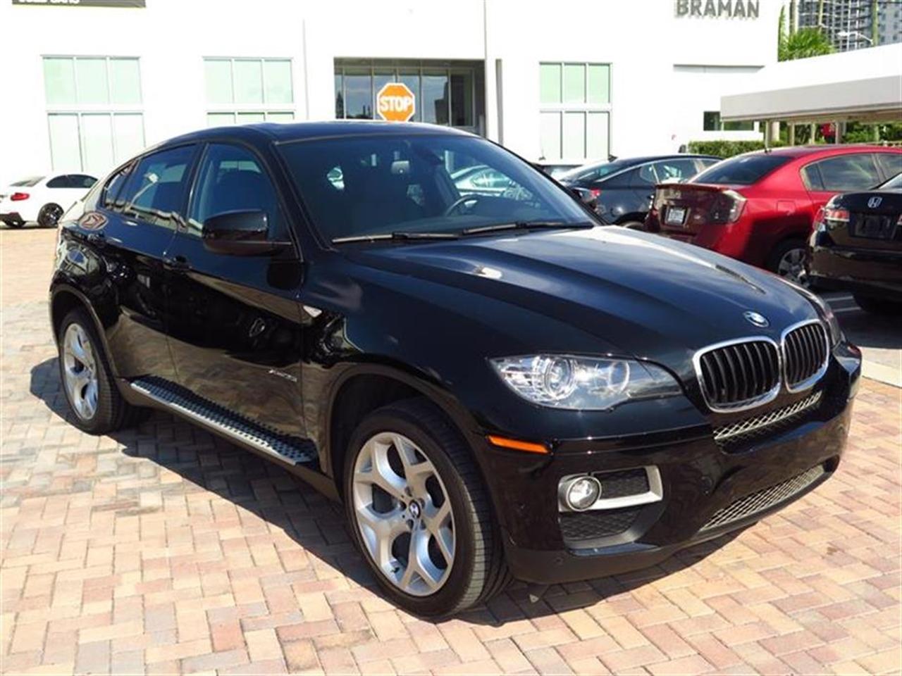 2013 BMW X6 AWD 4dr xDrive35i 42936 miles 10-way power front bucket seats -inc driver seat memor