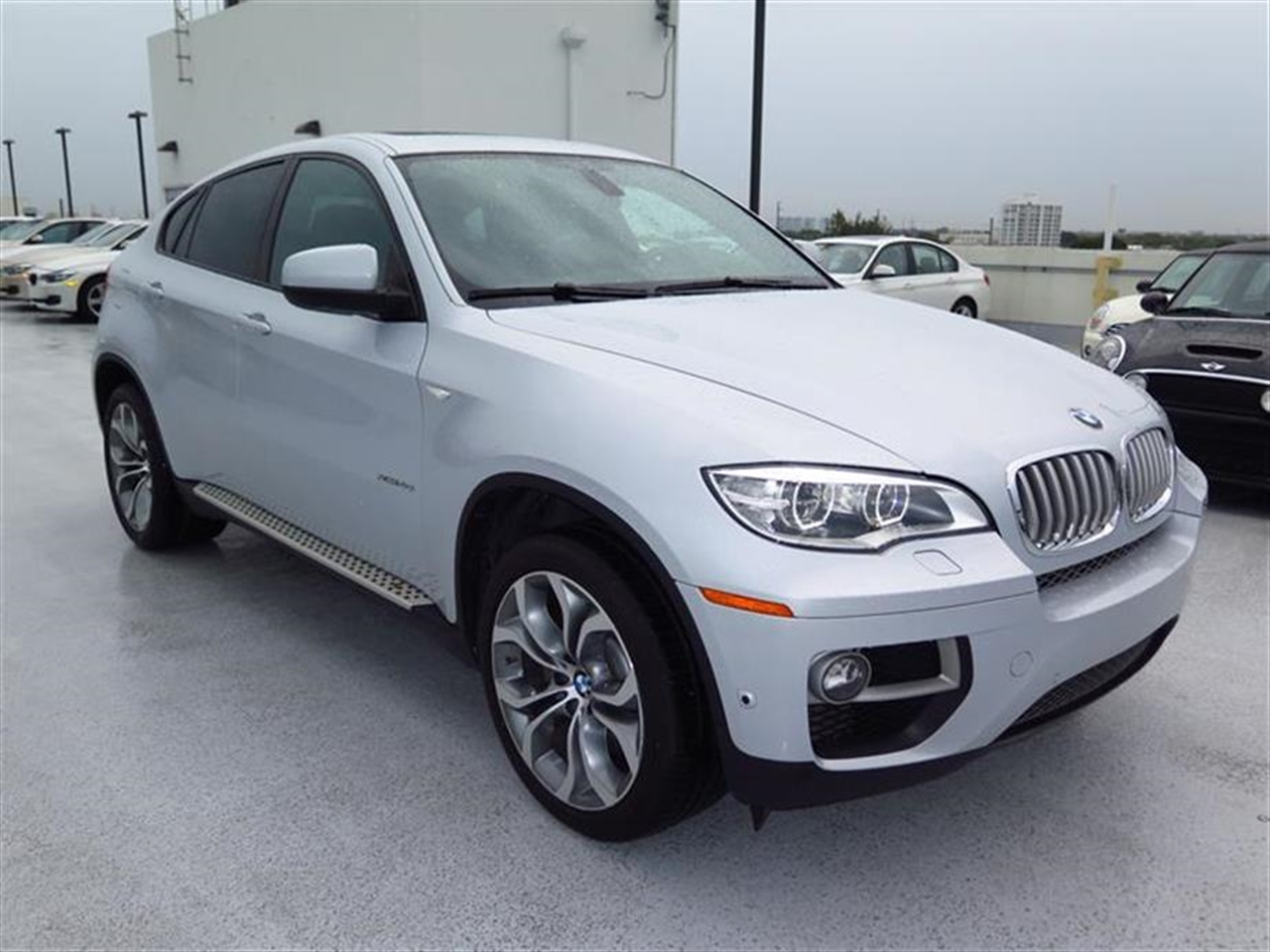 2013 BMW X6 AWD 4dr xDrive50i 22767 miles 20-way power multi-contour front bucket seats -inc stan
