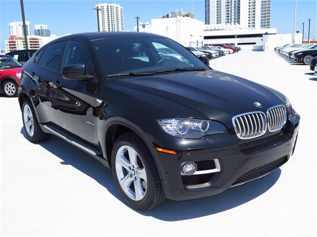 2013 BMW X6 AWD 4dr xDrive50i 28142 miles 20-way power multi-contour front bucket seats -inc sta