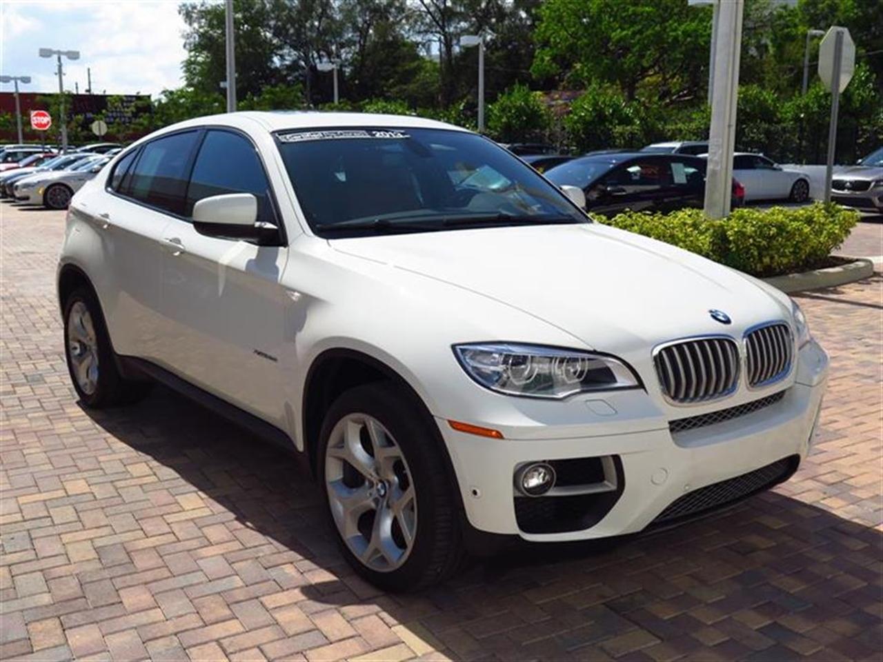 2013 BMW X6 AWD 4dr xDrive50i 30324 miles 20-way power multi-contour front bucket seats -inc sta