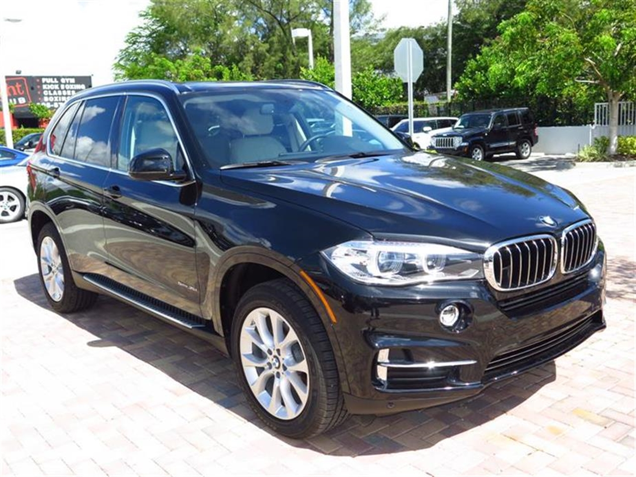 2014 BMW X5 RWD 4dr sDrive35i 6008 miles VIN 5UXKR2C51E0C01772
