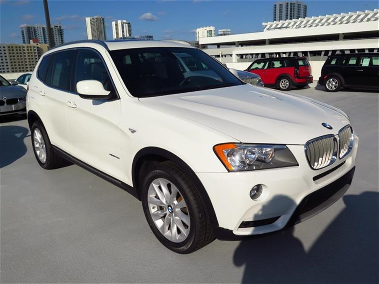 2012 BMW X3 AWD 4dr 28i 27629 miles 3-spoke leather-wrapped multi-function sport steering wheel wi