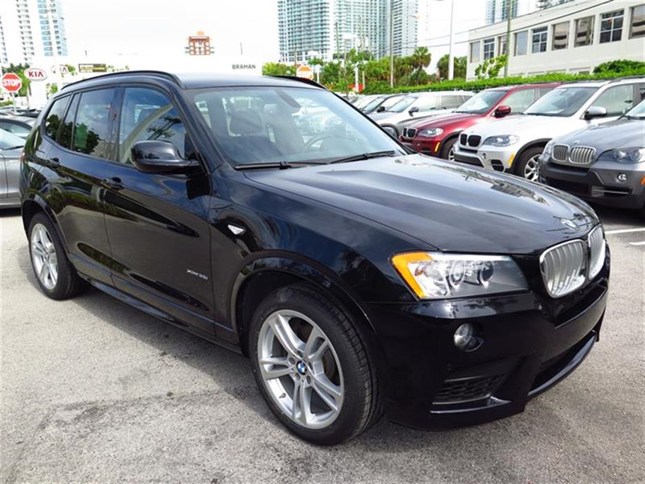 2012 BMW X3 AWD 4dr 35i 32503 miles 3-spoke leather-wrapped multi-function sport steering wheel wi