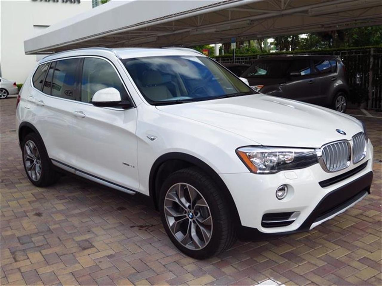 2015 BMW X3 AWD 4dr xDrive28i 2309 miles 2 Seatback Storage Pockets 3 12V DC Power Outlets 40-2