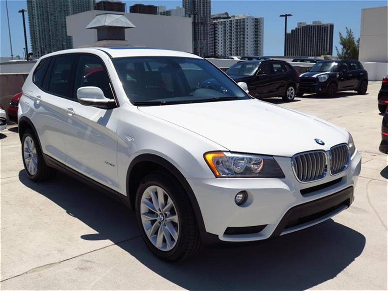 2014 BMW X3 AWD 4dr xDrive28i 18768 miles 2 Seatback Storage Pockets 3 12V DC Power Outlets 40-