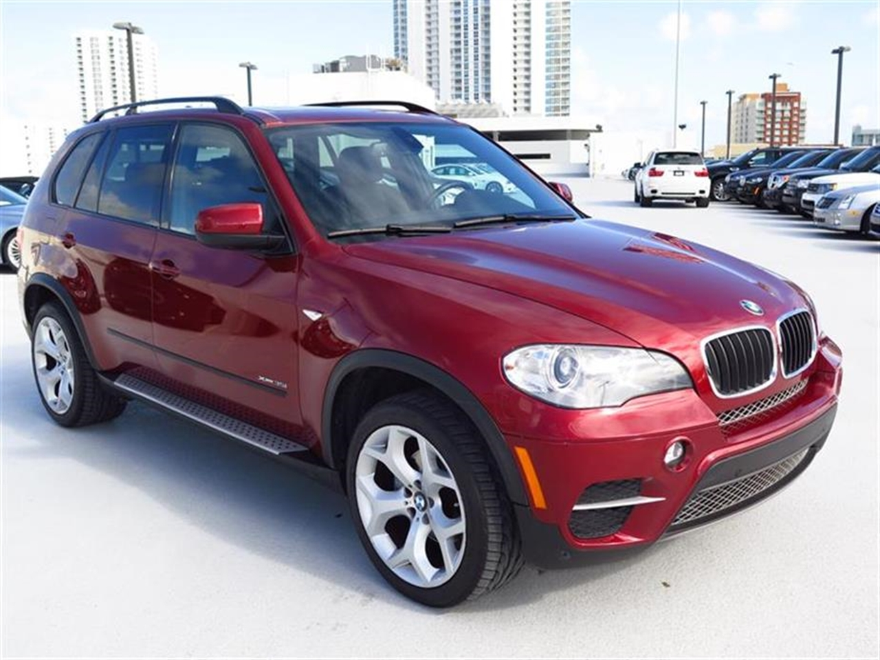 2012 BMW X5 AWD 4dr 35i 18019 miles 10-way power-adjustable driver  front passenger bucket seats