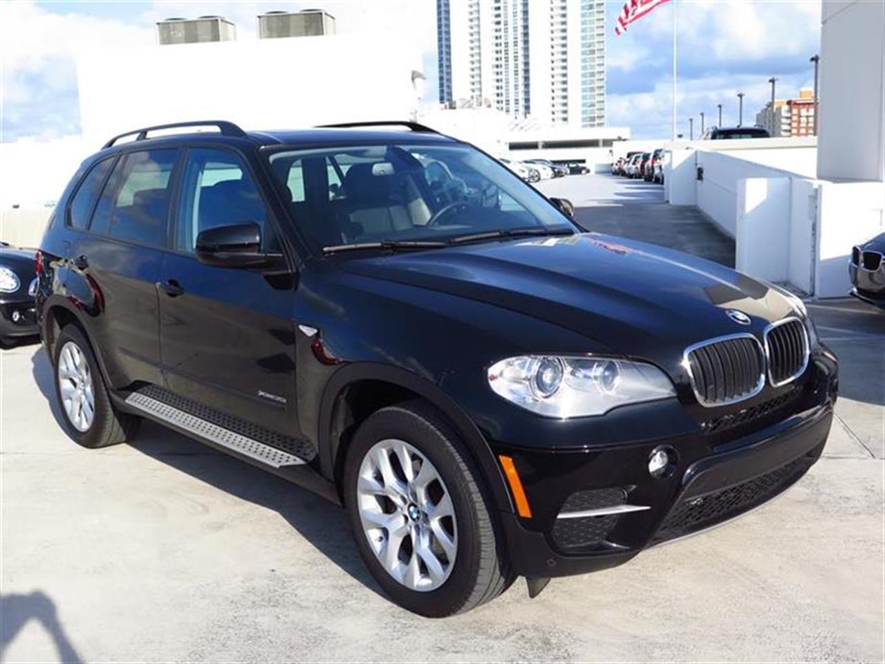 2012 BMW X5 AWD 4dr 35i Premium 4944 miles VIN 5UXZV4C54CL986397
