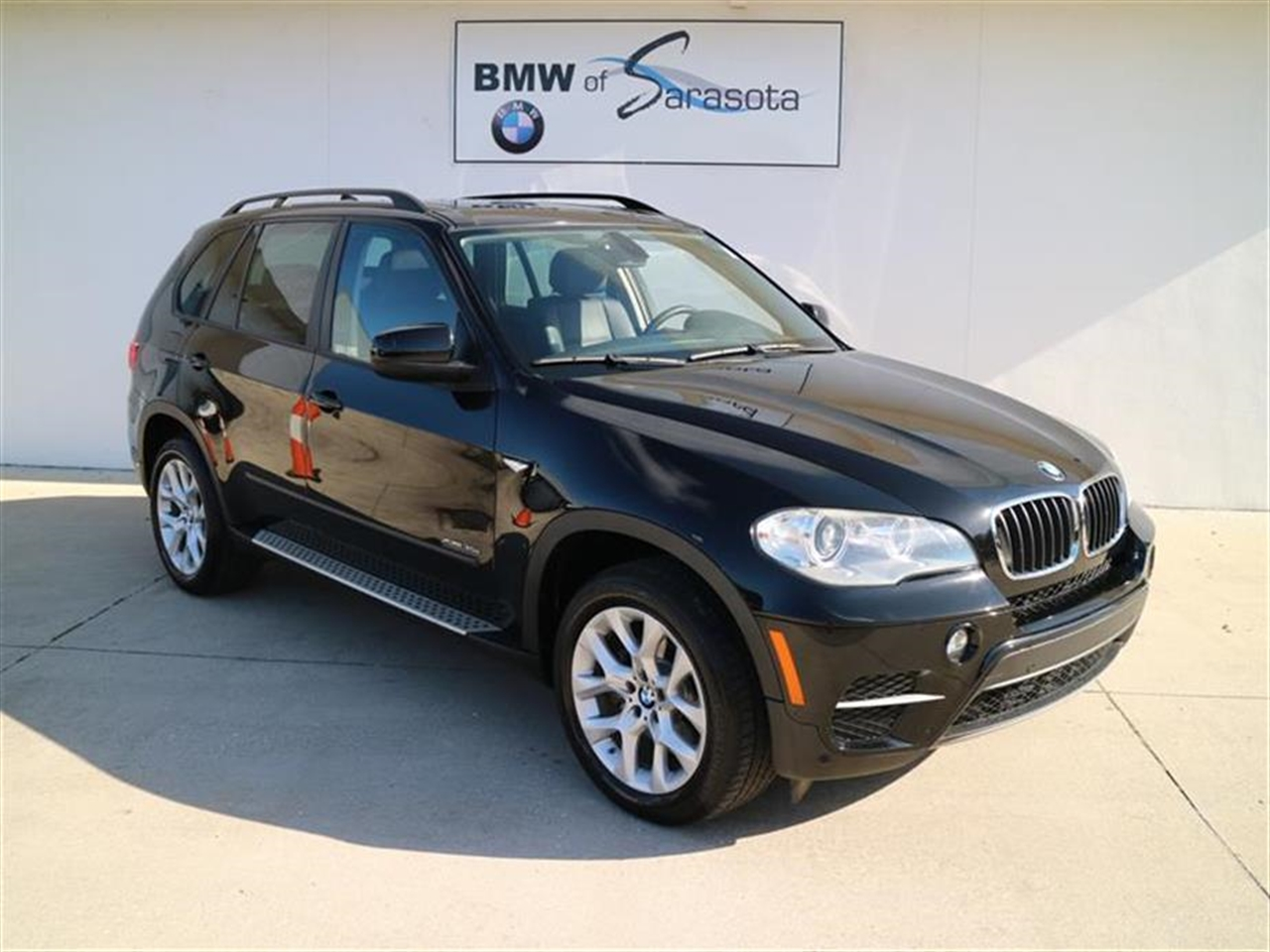 2012 BMW X5 AWD 4dr 35i 39995 miles 10-way power-adjustable driver  front passenger bucket seats