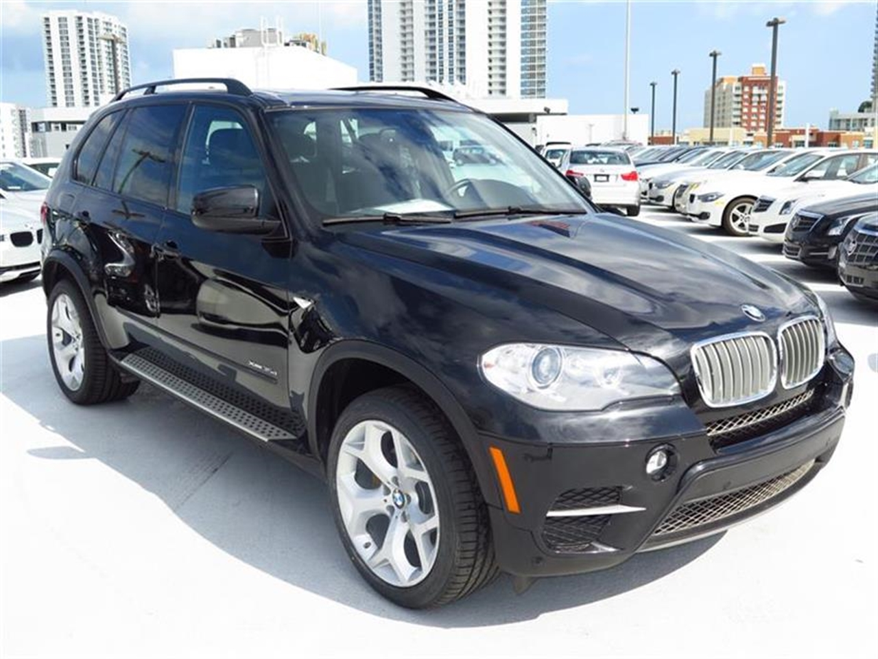 2012 BMW X5 AWD 4dr 35d 23831 miles 10-way power-adjustable driver  front passenger bucket seats