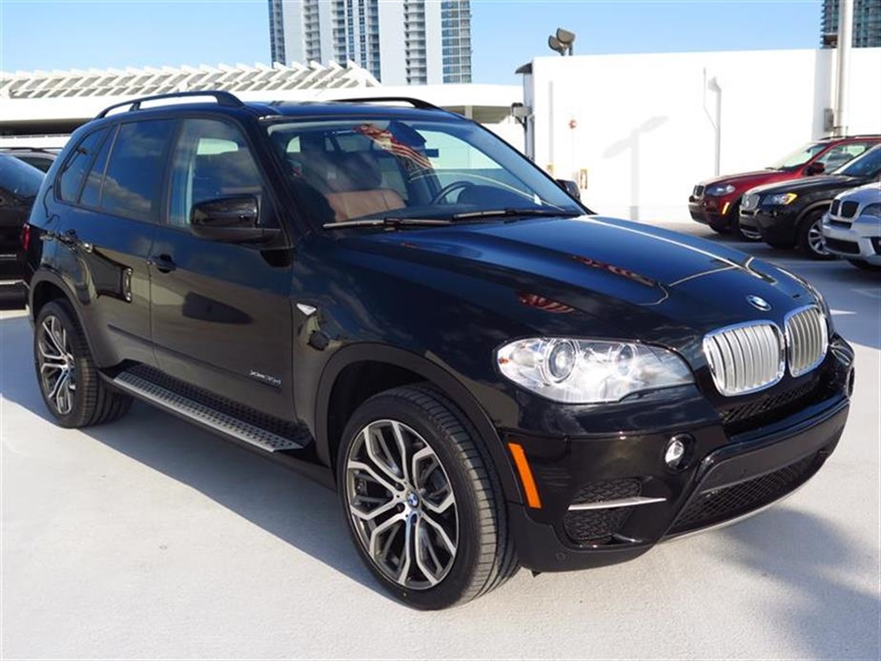 2012 BMW X5 AWD 4dr 35d 30045 miles 10-way power-adjustable driver  front passenger bucket seats