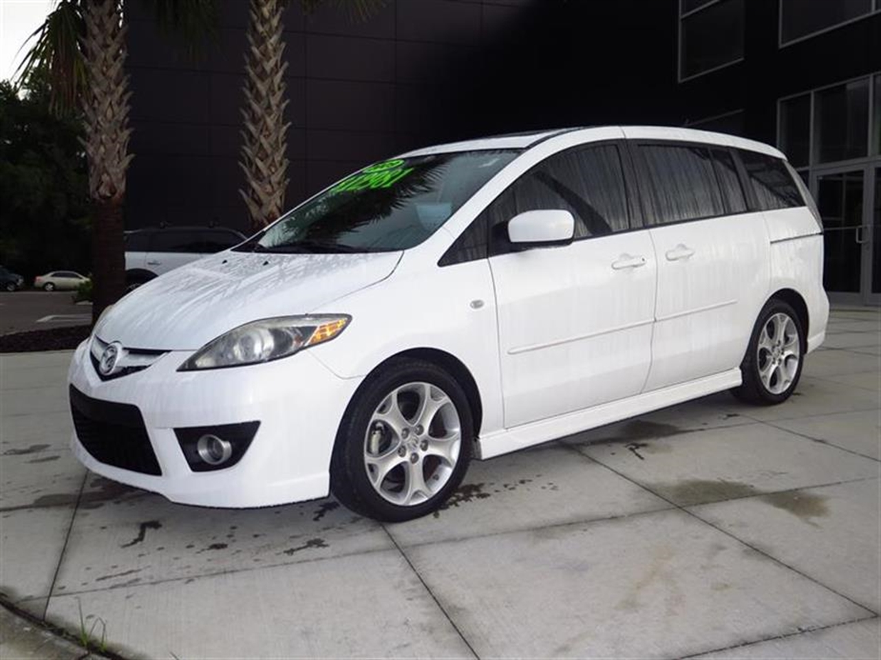 2009 MAZDA MAZDA5 4dr Wgn Auto Touring 83248 miles 2 12V pwr outlets 2 coat hooks 3 assist