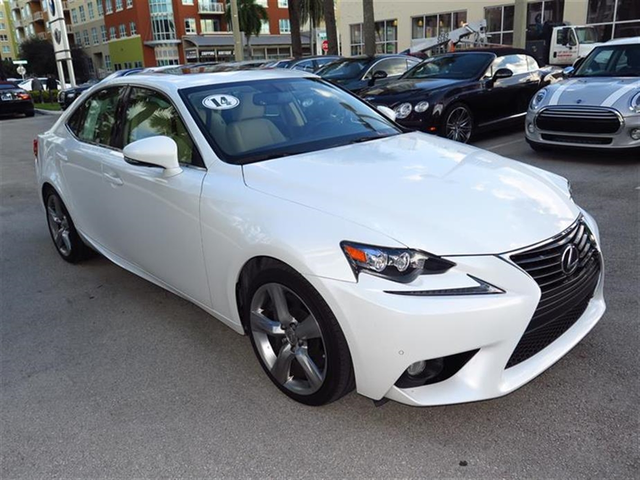 2014 LEXUS IS 4dr Sdn RWD 9028 miles 2 12V DC Power Outlets 2 Seatback Storage Pockets 5 Person