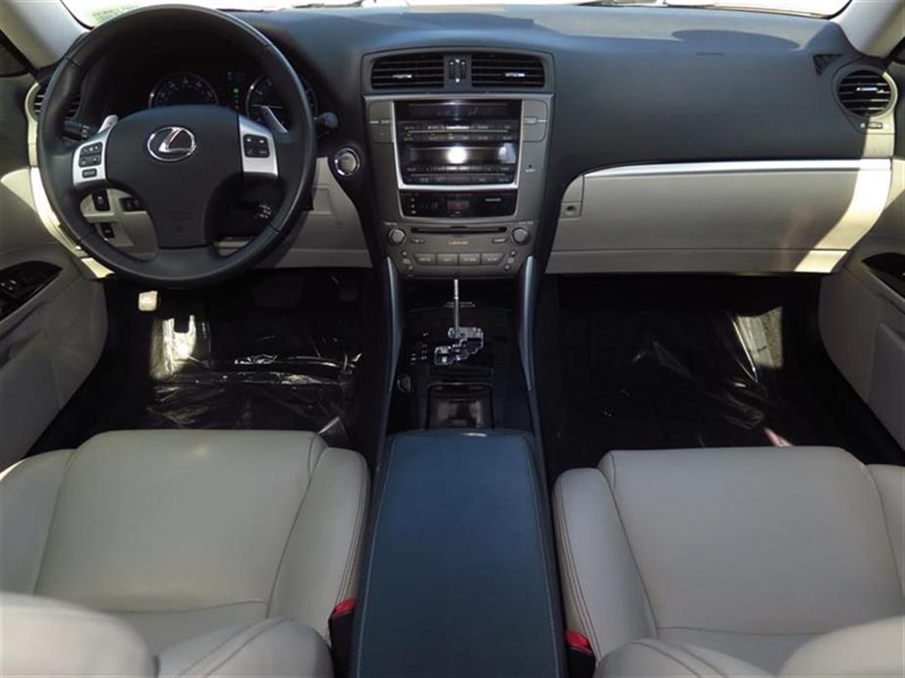 2012 LEXUS IS 250 4dr Sport Sdn Auto RWD 43463 miles 2 front2 rear articulated assist grips