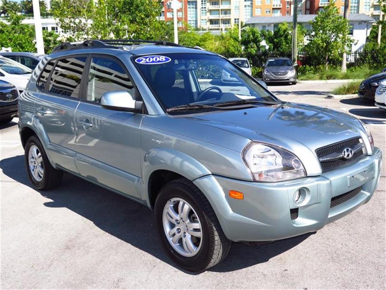 2008 HYUNDAI TUCSON FWD 4dr V6 Auto Limited Ltd Avail 9326 miles 2 coat hooks 3 assist grip