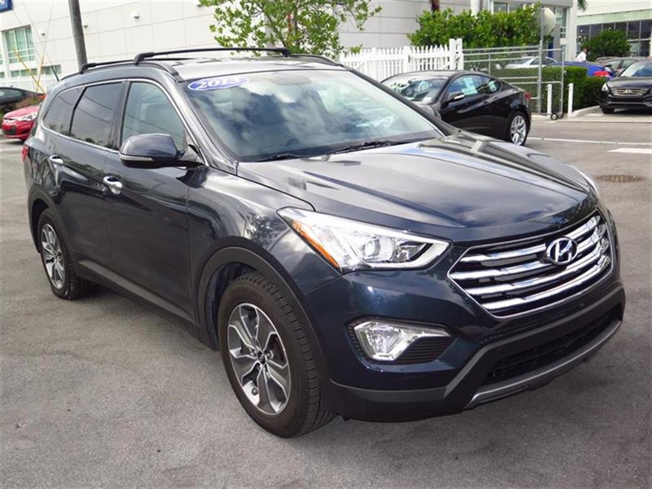 2013 HYUN SANTFE FWD 4dr GLS 19472 miles 2 occupant 3rd-row bench seat Active ECO system Air c