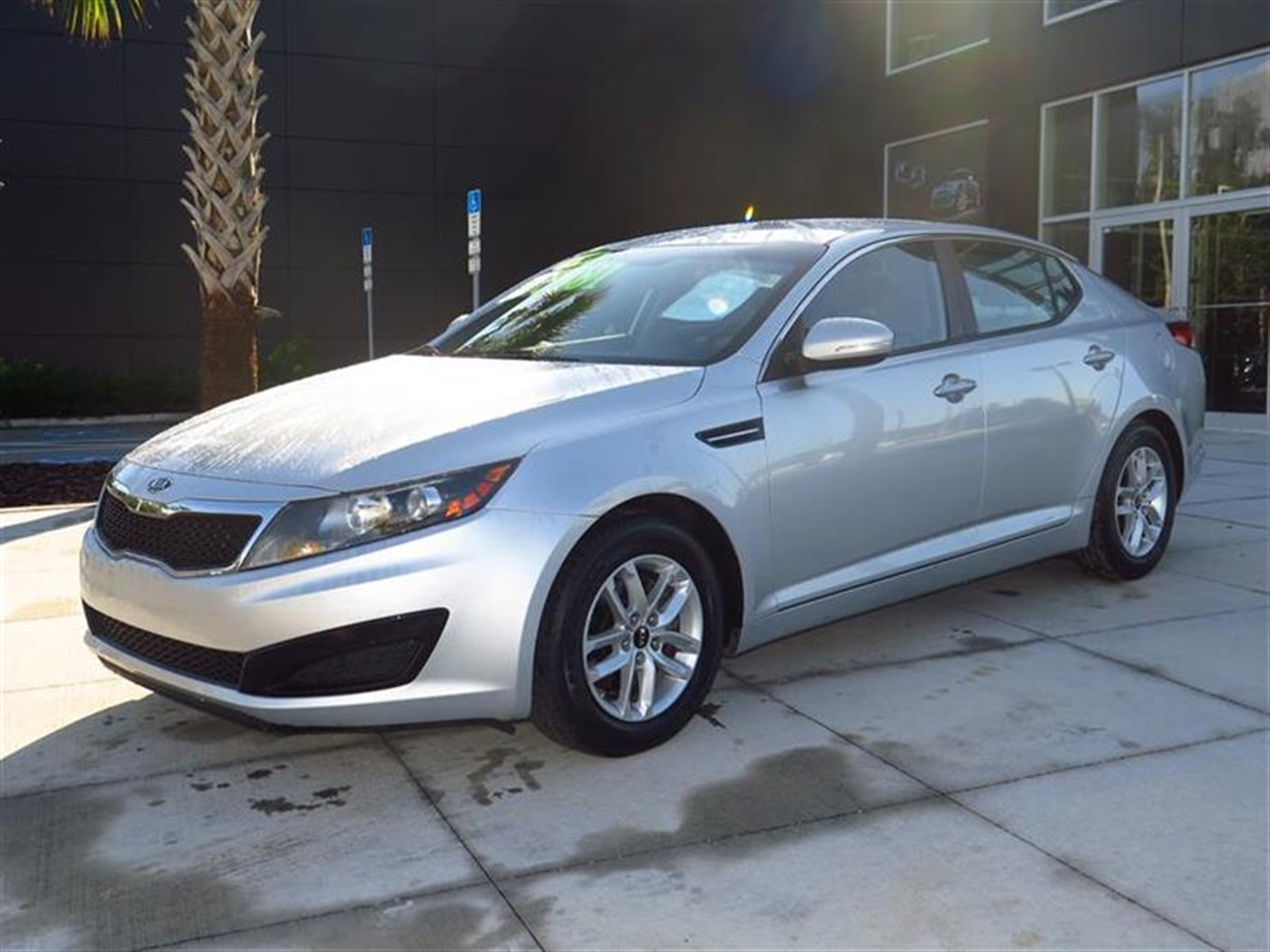 2011 KIA OPTIMA 4dr Sdn 24L Auto LX 65032 miles 2 aux pwr outlets 6040 split-folding rear ben