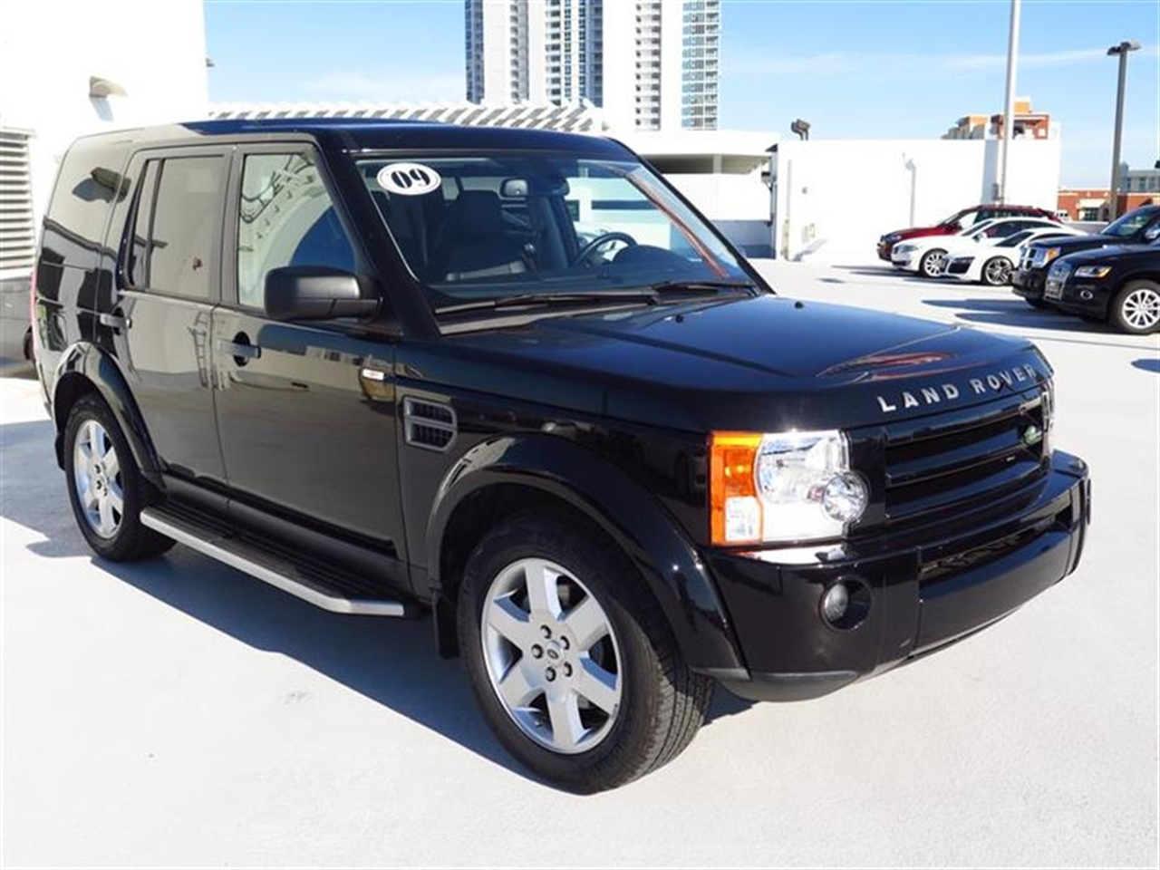 2009 LAND ROVER LR3 4WD 4dr V8 23679 miles Noble Finish interior accents 6535 split folding rear