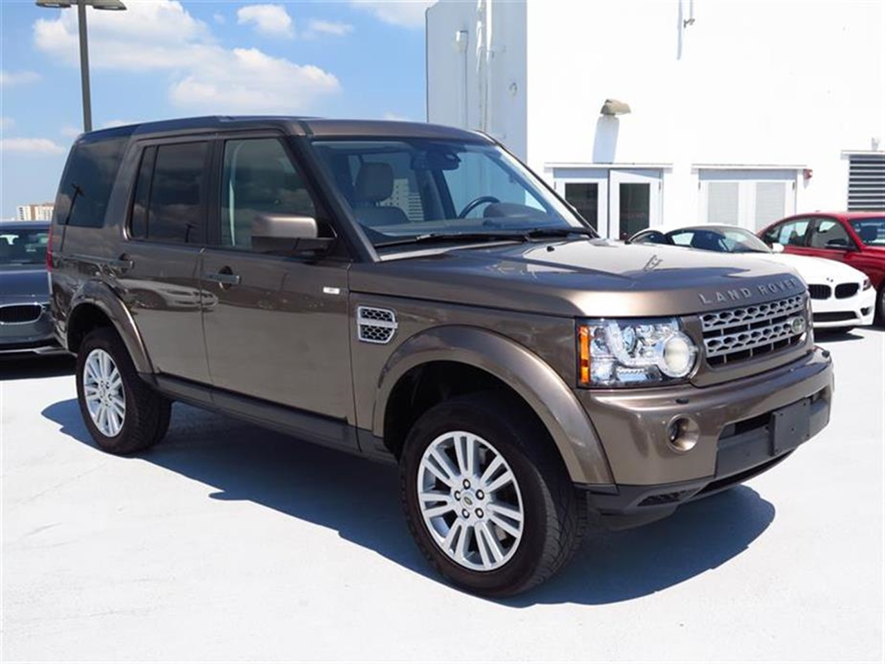 2010 LAND ROVER LR4 4WD 4dr V8 HSE 55657 miles Noble Finish interior accents 4x4 driver info sys
