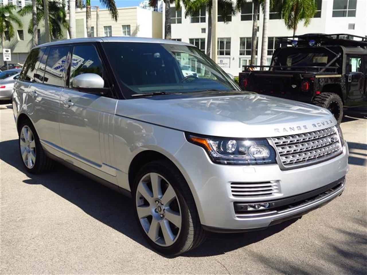 2013 LAND ROVER RANGE ROVER 4WD 4dr SC 17773 miles 123 thin film transister TFT instrument scre