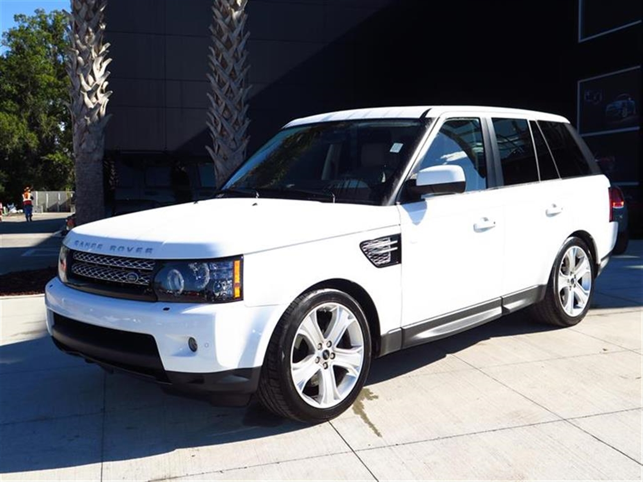 2012 LAND ROVER RANGE ROVER SPORT 4WD 4dr HSE LUX 39411 miles 6535 split folding heated rear seat