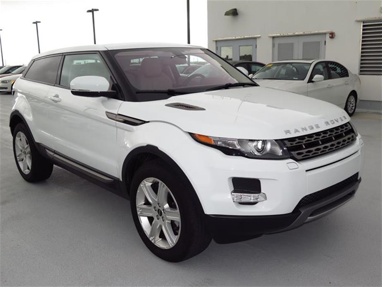 2012 LAND ROVER RANGE ROVER EVOQUE 2dr Cpe Pure Plus 5963 miles 6040 split 3-seat rear bench seat