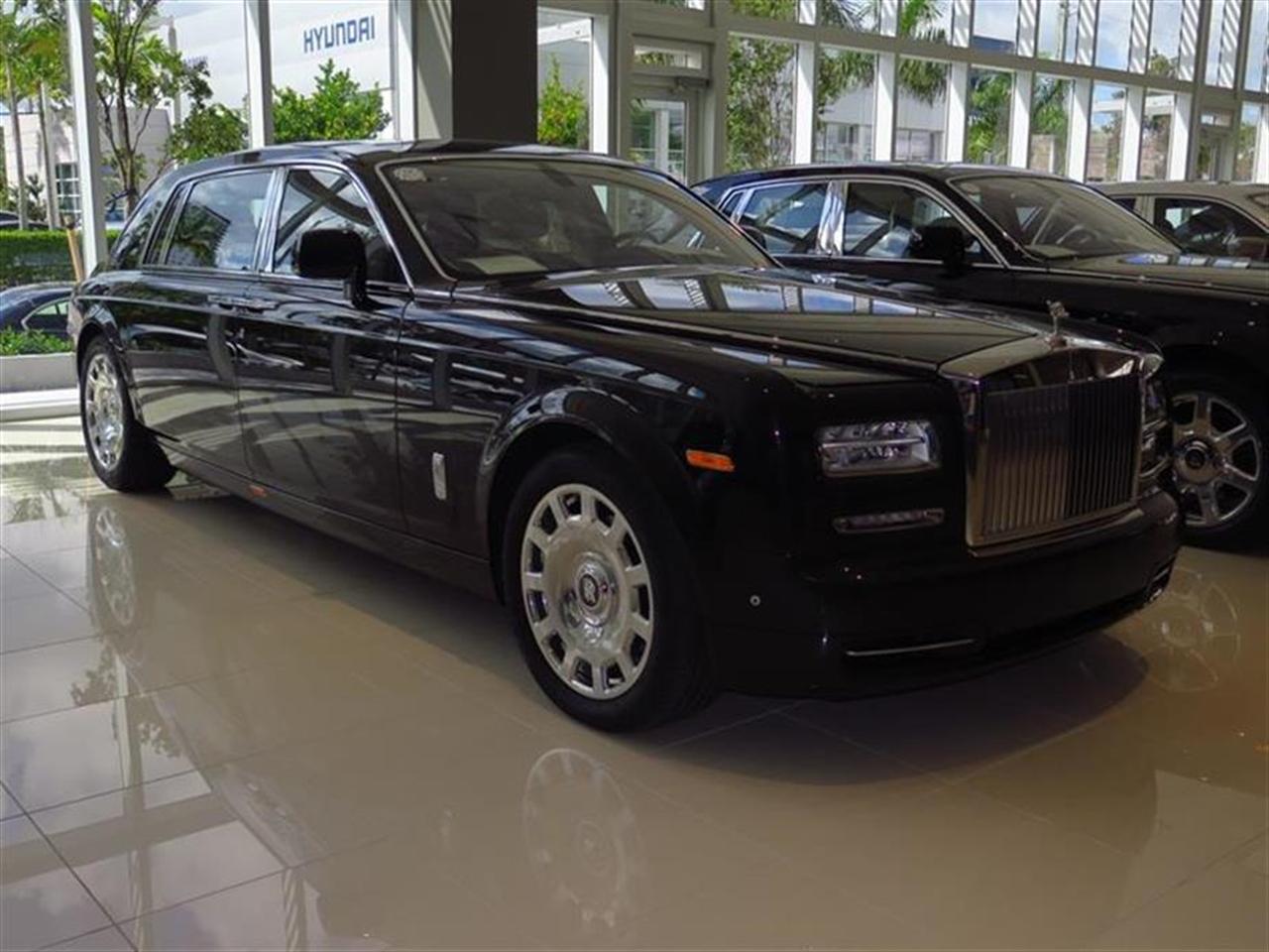 2013 Rolls Royce PHANTOM 4dr Sdn EWB 10050 miles 4-zone auto climate control -inc rear seat cont