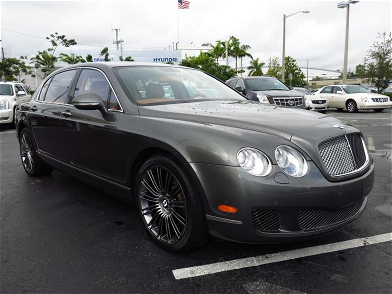 2010 BENTLEY CONTINENTAL FLYING SPUR 4dr Sdn Speed 19797 miles 3-spoke monotone leather trimmed st